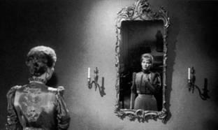 Gertrud mirror - Nina Pens Rode